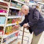 Az idős bácsi egy zacskó apróval bajlódott a pénztárnál. A kasszás reakciója cseppet sem az volt, amire számítottam:
