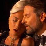 A produkció végére különlegesen közel került egymáshoz Lady Gaga és Bradley Cooper az Oscar gálán