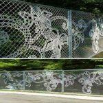 17 gyönyörű, kreatív és ötletes kerítésdizájn, ami az egész kertet feldobja