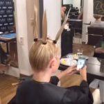 A hölgy hagyományos hajvágást szeretett volna, a fodrász nem így gondolta: a végeredmény fergetegesen jó lett