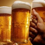 A sört nem csak meginni lehet: mutatunk öt szuper trükköt, mennyi minden másra is jó
