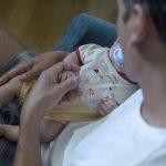 Ez a kisbaba tényleg maga a csoda: anyukája agyvérzés miatt agyhalott volt, ám ő egészségesen a világra jött