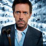 A Dr. House-t alakító Hugh Laurie úgy megváltozott, hogy tuti nem ismernénk fel, ha szembejönne velünk