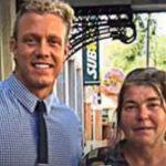 Mindig kedvesen köszönt a személyi edzőnek a hajléktalan hölgy, aztán, mikor együtt ebédeltek, bevallotta titkát