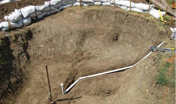 Flúgosnak hitték, hogy ekkora gödröt ásott kertjébe: aztán meg nem győztek átjárni hozzá, hogy élvezzék az eredményt