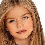 Évekkel ezelőtt őt tartották a világ legszebb gyerekének: ma már 19 éves, friss képein teljesen más a haja és változott az arca is