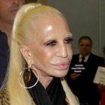 Régi fotói elárulják, milyen gyönyörű nő volt fiatalon Donatella Versace, mielőtt a plasztika rabjává vált volna