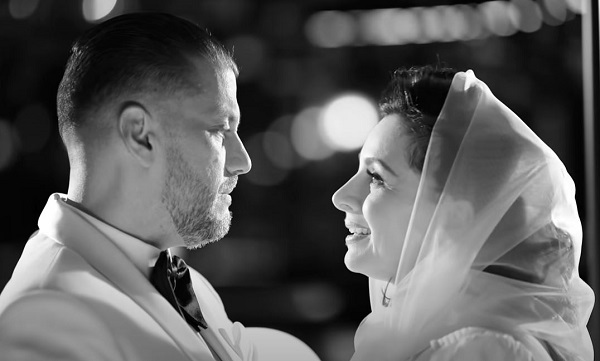 Magyarország egyik legnagyobb női és férfi hangja egy dalban: gyönyörű duettet énekel Zséda és Kökény Attila