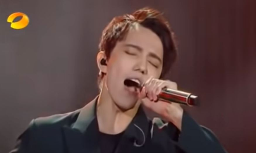 Ez a fiú úgy énekel, ahogy csak nagyon kevesen tudnak az egész világon: közel hat oktáv a hangterjedelme