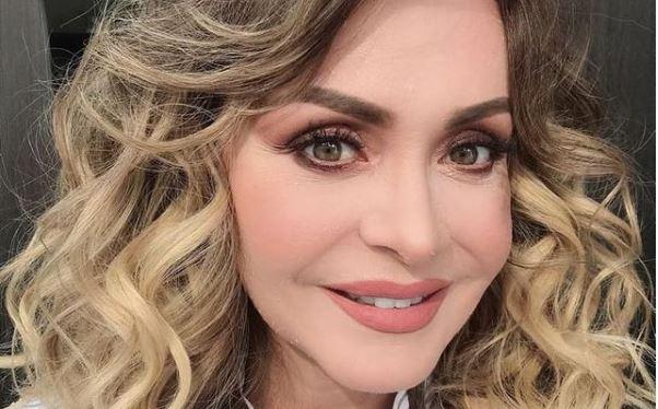 Új videójában smink nélkül mutatta meg magát Gabriela Spanic: szerinted nagy a különbség?