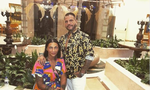 Káprázatos luxusban, paradicsomi helyen nyaralt Emilio a családjával: szájtátva bámuljuk a képeket